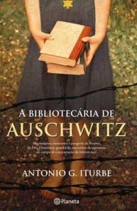 bibliotecária de aushwiz