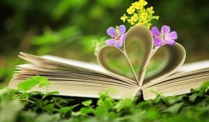 flores e livro