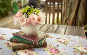 books and flowers 3