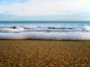 agua-do-mar-e-areia-4b013